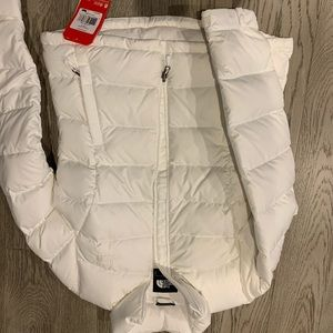 Brand new women's north face coat